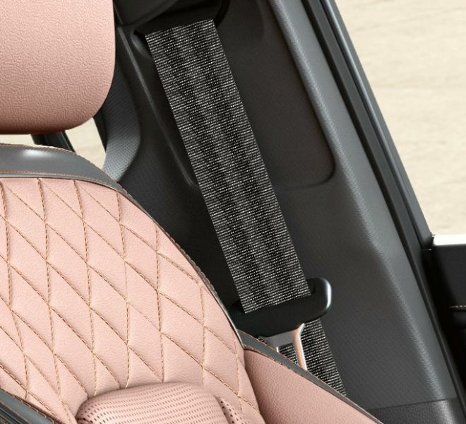 Automotive Mahindra Alturas G4 Interior-16